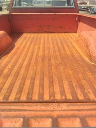 Chevy 2500 truck bed open